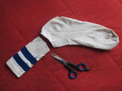 Easy DIY No-Sew Knee Pads For Baby-On