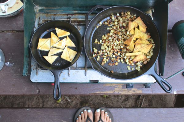 vegan camping breakfast