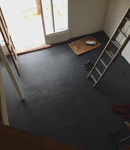 Still floor after