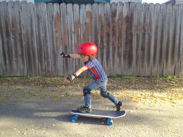 4 year old skateboarding
