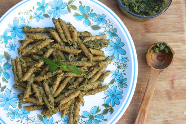 homemade vegan pesto pasta